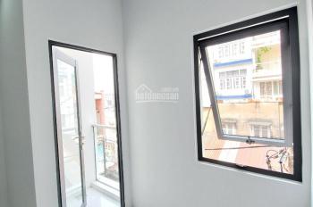 Cho thuê nhà nguyên căn mặt tiền Nguyễn Văn Giai, Phường Đa Kao Q1, DT 4mx18m trệt 4L. Giá 55tr/th