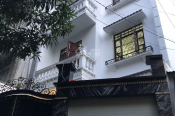 Bán gấp nhà HXH Bạch Đằng, Tân Bình, 4 lầu, nhà mới 100%, 4*14m, giá 8.5 tỷ. 0902557388