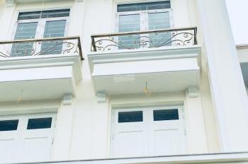 Bán nhà mặt phố Chùa Láng, Láng Thượng 135m2, 8 tầng 1 hầm chính chủ 44 tỷ