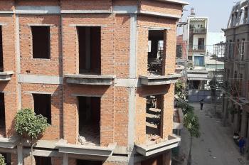 Bán nhà mới xây MT đường Nguyễn Văn Yến, DT 70m2. LH chính chủ Tuấn 0937 988 767