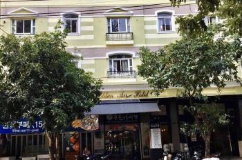 Cho thuê khách sạn Kiến Vàng Phú Mỹ Hưng Q7 12x18m giá 260 triệu