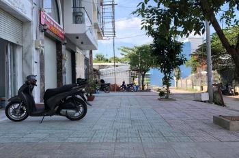 Cần bán đất mặt tiền đường của Sông Lu, xã Trung An, diện tích: 67x26m, tổng 816m2 đất biệt thự