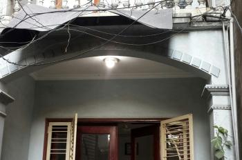 Chính chủ bán Nhà mặt đường phố Khương Đình, Diện tích 107m2, mặt tiền 3m, nở hậu 10m