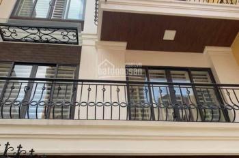 Chính chủ cần bán biệt thự đẹp và sang trọng nhất phố Giang Văn Minh, Ba Đình