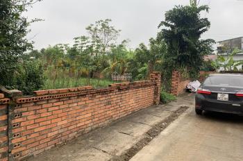 Cần bán gấp lô đất 353m2 sát nhà máy in tiền Quốc gia Láng Hòa Lạc chỉ hơn 5tr/m2. LH 0388388586