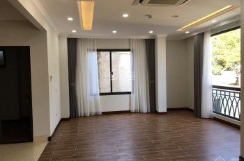 Bán nhà phố Bưởi, Ba Đình 22.5 tỷ, 70m2 x 10T mặt tiền 7m, vỉa hè rộng tiện kinh doanh