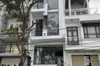 Chính chủ cần tiền kinh doanh bán gấp căn nhà 5 tầng, mặt tiền Xuân Diệu ven sông Hàn: 0973343779