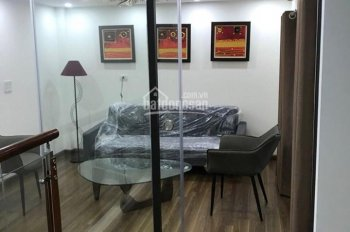 Cần bán nhà 5 tầng mới hoàn thiện cao cấp phố Đức Giang, Long Biên, 32m2/sàn. LH: 0984.373.362