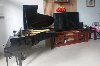 Cần bán nhà mặt tiền, nội thất sang trọng đường Trần Cao Vân - 105m2 - LH: 0772535929