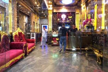 Bán quán karaoke ngay Giga Mall Phạm Văn Đồng 1 trệt 5 lầu có thang máy, 9 phòng