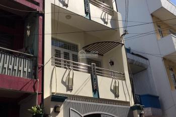 Cho thuê nhà Phó Đức Chính, Quận 1 DT: 4x11m 4 tầng mới vào ở ngay Chủ 25 tr