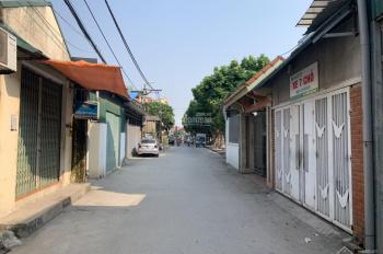 Cần bán mảnh đất vuông vắn view hồ đường ô tô 7 chỗ vào nhà tại Kiêu Kỵ - Gia Lâm - Hà Nội