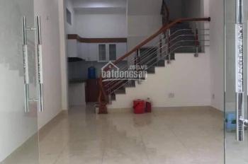 Bán nhà 2,5 tầng ngõ Nguyễn Lương Bằng, DT 41m2, hướng Tây, ngõ 6m. Giá 1.95 tỷ