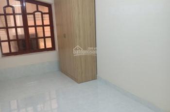 Cho thuê nhà đường 3/2 Q. 10, 5.5x18m, 5 lầu, gồm 19 phòng WC riêng full nội thất nhà mới. 90tr/th