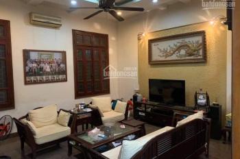 Gia đình bán gấp nhà mặt đường Xuân Thủy, Cầu Giấy 65m2 KD tốt chỉ 20 tỷ. LH: Mr Sáu 0972767472
