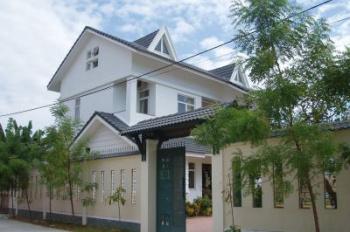 Bán villa siêu đẹp mặt tiền phường An Phú, Quận 2, diện tích: 12x20m, 2 lầu áp mái, giá: 26.5 tỷ