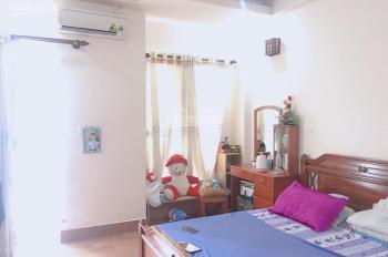 Bán gấp nhà hẻm 268/ Nguyễn Thái Bình, P. 12, Quận Tân Bình, 67m2, 3 lầu, hẻm 2 xe hơi tránh