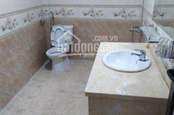 Bán nhà riêng Trần Quốc Hoàn, Cầu Giấy ô tô tránh nhau 50m2 x 5T x 5m MT giá thỏa thuận, 0984938258