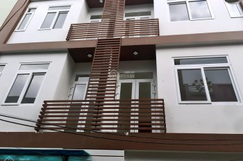 Bán nhà 3 tầng 3 mê kiệt ô tô Nguyễn Phước Nguyên