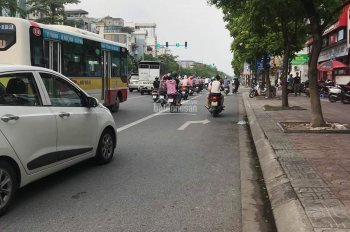 Bán nhà mặt phố Ngô Gia Tự, Long Biên, kinh doanh sầm uất, DT 55m2, giá 6.8 tỷ