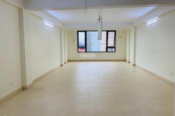 Cho thuê nhà mặt phố Hoàng Ngân, diện tích 78m2x5T, MT 5,5m thông sàn, 65tr/th, liên hệ 0917671858
