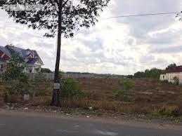 Cần tiền bán gấp lô đất ở chợ Hắc Dịch, cách Hồ Châu Pha 600m, DT 160m2, giá 800tr, SHR