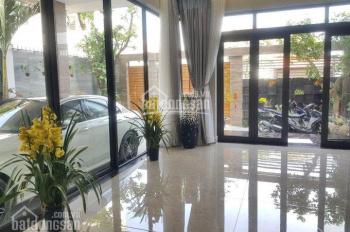 Bán gấp nhà 2 MT đường Nguyễn Duy Hiệu Thảo Điền, Q2. DT 7.5x18m, nhà 3 lầu tặng nội thất, 20 tỷ