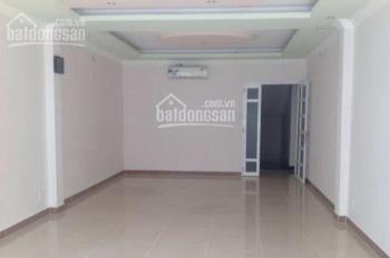 Cho thuê nhà mặt tiền đường Bạch Đằng làm showroom, cửa hàng 4mx15.5m 2 lầu