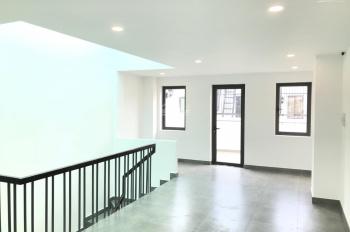 Nhà mới nguyên căn mới đẹp cho thuê giá tốt 25tr tại Lakeview City, Quận 2 (LH 0917810068)