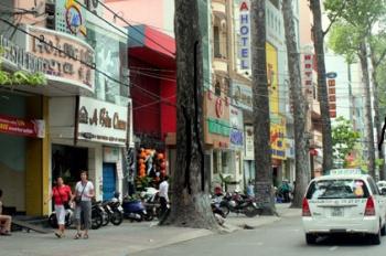 Cho thuê nhà MT Phan Xích Long, Quận Phú Nhuận, 8x16m, trệt 4 lầu có thang máy, 205tr/th
