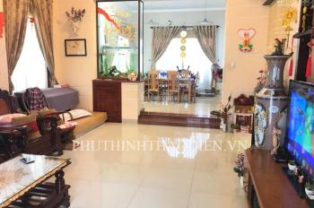 Bán nhà đường nội bộ P. Thảo Điền, đường Quốc Hương