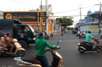 Cho thuê nhà mặt tiền đường 30 tháng 4, phường Rạch Dừa, đối diện Thế Giới Di Động