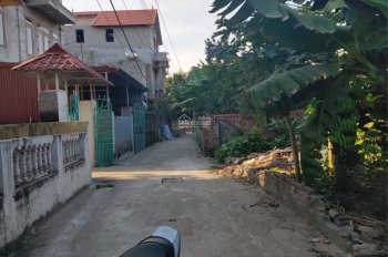 CC cần bán đất tại dốc Đồng Cao - Tráng Việt - Mê Linh - HN. Ngõ thông, ô tô, 270tr