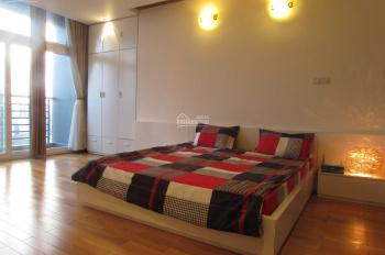 Cần bán căn hộ cao cấp 3 phòng ngủ tầng cao, view chợ Bến Thành