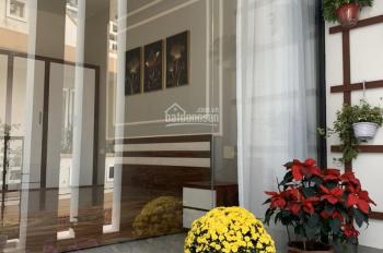 Chính chủ cần bán nhà 3 tầng. Hướng Nam ngõ Nhuyễn Lương Bằng. S 55,5m2 ngõ rộng oto vào nhà