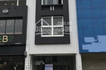 Cho thuê gấp nhà phố Mỹ Hoàng, mặt tiền Nguyễn Văn Linh, Phú Mỹ Hưng, Quận 7. Giá 50 tr/tháng