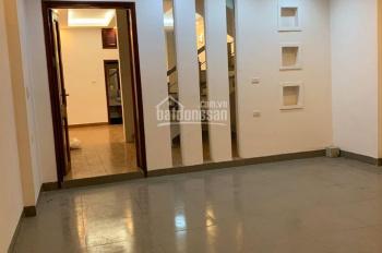 Cho thuê nhà ngõ 28 Ngụy Như Kon Tum, 60m2 * 4 tầng, 20 triệu/tháng