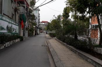 Đất lô góc 2 mặt thoáng, hướng Tây tứ trạch tại P. Phúc Đồng, ô tô tránh nhau trước đất, 57tr/m2