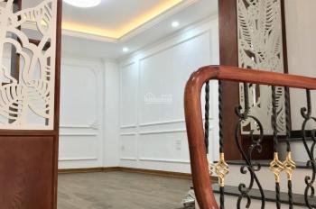 Bán nhà 4.5 tỷ phân lô 210 Hoàng Văn Thái, Thanh Xuân. DT: 40m2 xây mới hiện đại 6 tầng, 6 phòng