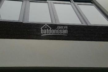 Chính chủ bán nhà mới xây tại ngõ 173 Hoàng Hoa Thám. DT 45m2 x 5 tầng, LH: 0961602052