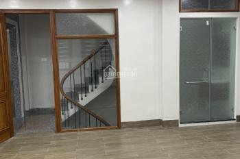 Cho thuê nhà phố Hào Nam thông Hoàng Cầu - Ô Chợ Dừa - Đê La Thành 0979146570