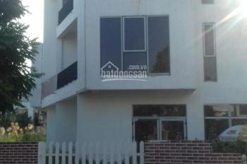 Chính chủ cần bán căn biệt thự song lập, căn góc 3 mặt tiền, trước tết. LH 0325604333