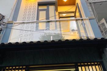 Nhà bán gấp giá mềm, sổ riêng gần khu đô thị 5 sao Bình Chánh