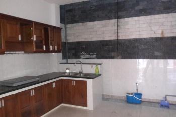 Nhà 4 phòng để ở hay làm văn phòng, hẻm xe hơi, đường Nguyễn Thị Thập