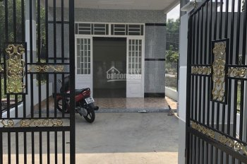 Chính chủ cần bán nhà 1 trệt 1 lửng MT Huỳnh Thị Hiếu, Tân An, Thủ Dầu Một, SHR bao sang tên