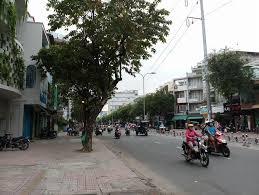 Nhà nát mặt tiền Lê Đình Cẩn, P. Tân Tạo, Bình Tân DT: 6x38m, giá: 13 tỷ TL LH: 0962493828