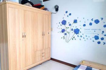 Cho thuê phòng, CC Quốc Cường Quận 7, nội thất đẹp, dọn vào ở ngay - LH 0915327440