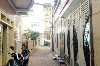 Bán nhà gần chợ Hoàng Diệu, chòm xóm thân thiện dễ mến