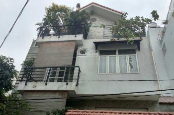 Sell off: Villa 8x21m trệt, 2 lầu, 3PN sân vườn Thảo Điền. LH: 0936 80 08 79