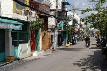 Bán nhà mặt tiền đường Bến Phú Lâm, Phường 9, Quận 6, DT: 3.2x15.8m, giá 4 tỷ, thương lượng